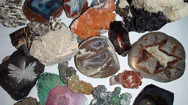Разные минералы