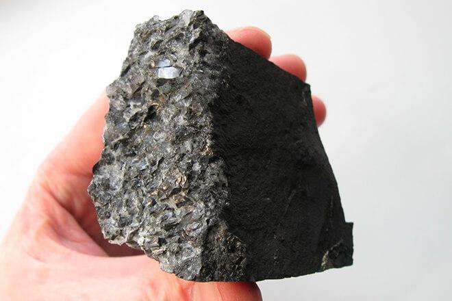 Шунгит, целебный камень