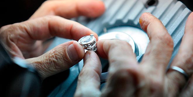 Как оценить бриллианты?