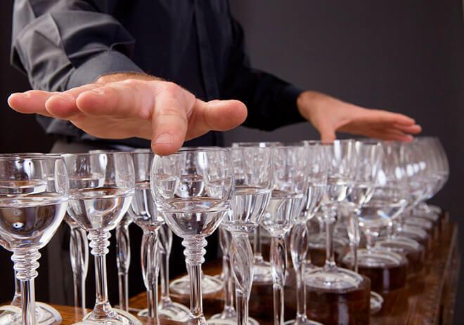 Девять способов отличить хрусталь от стекла