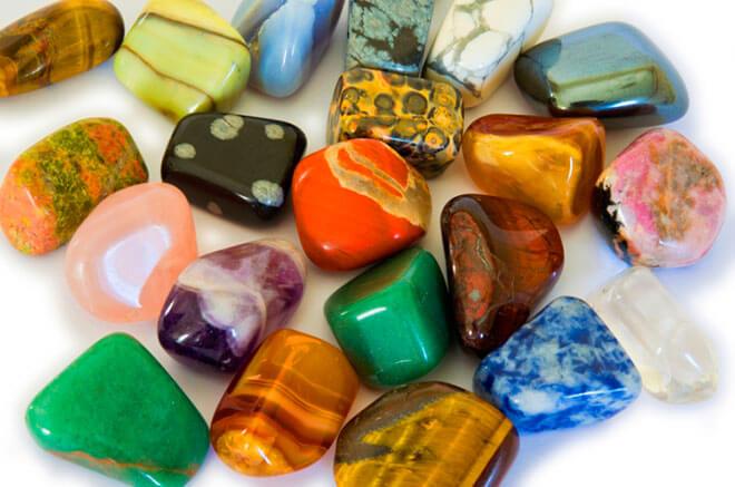 Камни для гаданий и их значение