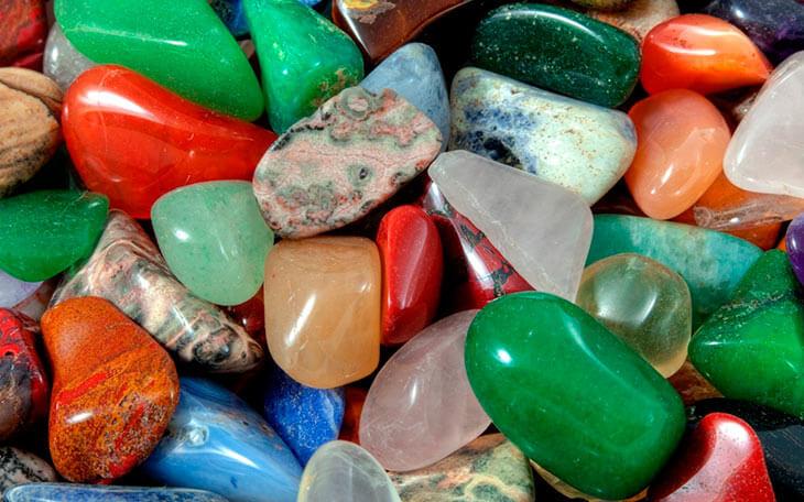 Разнообразие горных пород и минералов