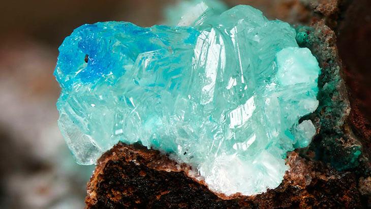 Происхождение минералов