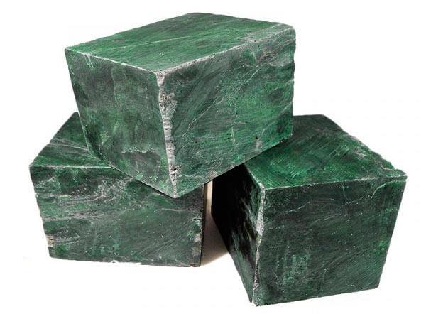 Камни для бани – нефрит: свойства, полезные для каменки