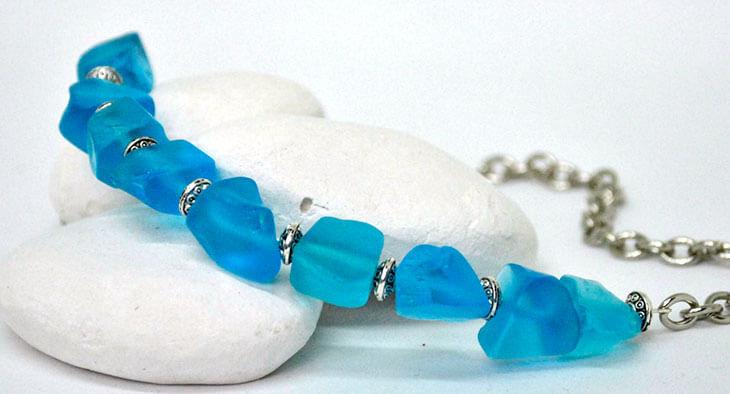 Как отличить натуральный голубой кварц от подделки?