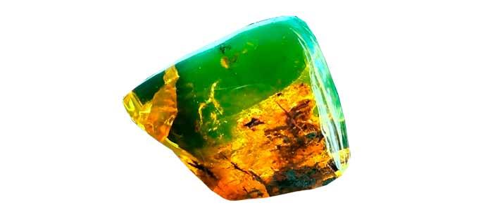 Разная зелень различных янтарей